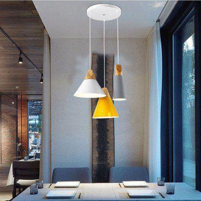 北欧宜家创意餐厅吊灯组合简约艺术咖啡个性三头彩色实木铝材吊灯